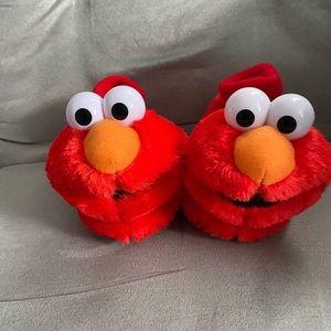 Elmo slippers. Toddler size 5-6. NWOT
